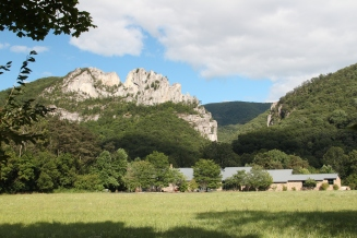 Seneca Rocks © Wayne Sheets